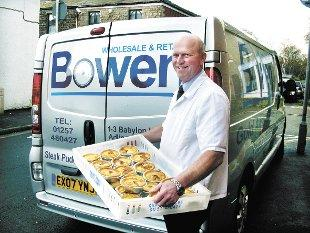 Vince Bowen delivers the pies to the championship