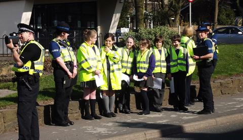 Pupils help police check speed of passing cars