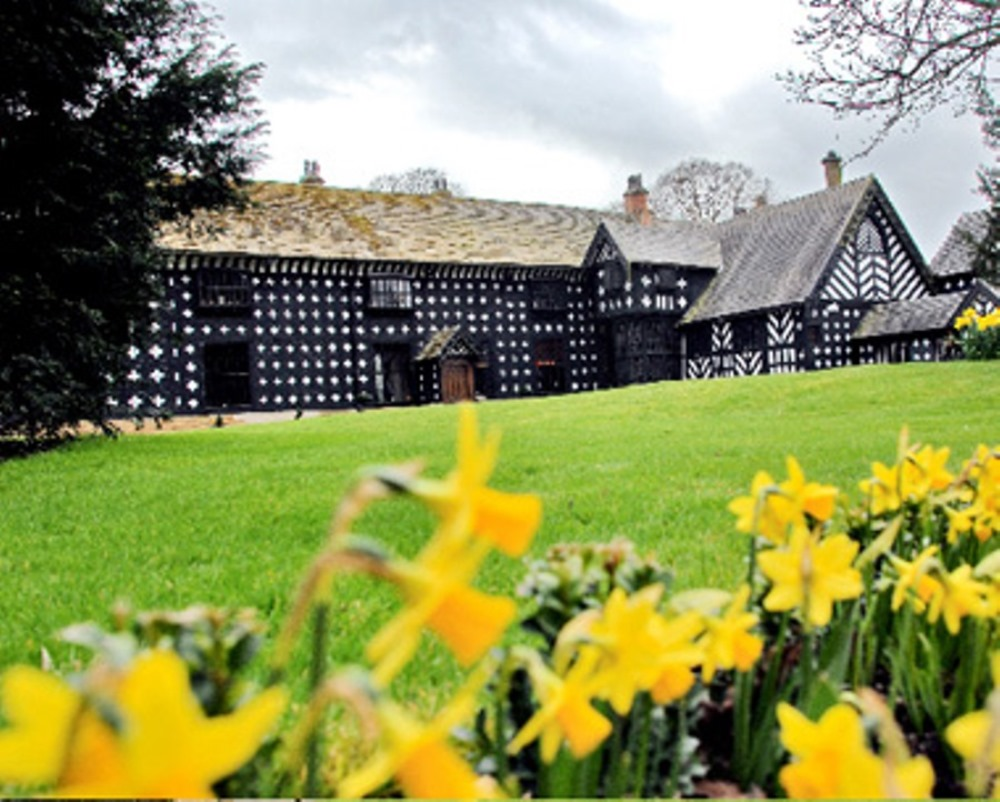 Samlesbury Hall: Mother's Day Lunches